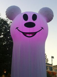 Mickey Ghost. @Disneyland 9/28/12 #disneyland #mickey #mickeymouse #ghost #halloween