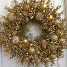 Gold Christmas Wreath Gold Wreath Ornament by CelebrateAndDecorate Christmas Wreath Image, Gold Christmas, Holiday Wreaths, Beautiful Christmas, Handmade Christmas, Christmas Crafts, Christmas Baubles, Christmas Tree, Gold Wreath