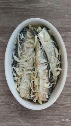 Macrou cu ceapă la cuptor – Rețete LCHF Cabbage, Fish, Vegetables, Cooking, Health, Meal, Canning, Cuisine, Kitchen