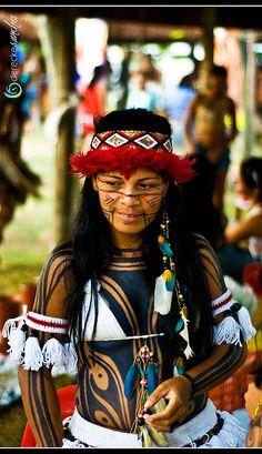 Ragazza indios brasile