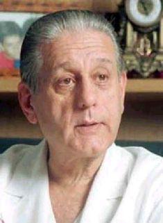 René Gerónimo Favaloro (*La Plata, 12 de julio de 1923 - † 29 de julio de 2000) fue un famoso cirujano torácico argentino, quien realizó el primer bypass aorto coronario en el mundo.