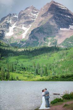 Colorado mountain elopement location //// garden of the gods