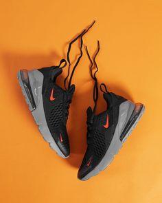 sneakers and dress Best Sneakers, Sneakers Fashion, Shoes Sneakers, Sneakers Adidas, Casual Sneakers, Casual Shoes, Cute Shoes, Me Too Shoes, Men's Shoes