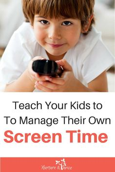 Power struggles over screen time? No more-- this tip {free printable!} teaches your kids how to manage their own screen time and allows you to limit it at the same time. Works for siblings as well. Set your kids up for a lifelong healthy relationship with technology! #toddlers #preschoolers #screentime #parenting #positiveparenting #siblings Gentle Parenting, Parenting Advice, Screen Time For Kids, Kids Fever, Baby Massage, Parenting Toddlers, Little Doll, Infant Activities, Child Development