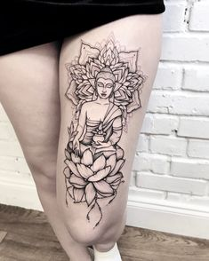 Blackwork tattoo on leg by Katya Geta Geometric Sleeve Tattoo, Leg Sleeve Tattoo, Sleeve Tattoos For Women, Budist Tattoo, Jagua Tattoo, Buddha Tattoo Design, Buddha Tattoos, Yoga Tattoos, Body Art Tattoos