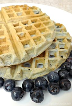 How delicious does this look? Got me craving blueberry waffles. This, is the pinnacle of perfection! What's For Breakfast, Breakfast Dishes, Breakfast Recipes, Blueberry Waffles, Blueberry Recipes, Brunch Recipes, Sweet Recipes, Waffle Maker Recipes, Food And Drink