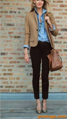 Business Casual Outfits Ideas For Women What ought to be used for add 2018 Dressing for work typically feels a small amount lackluster therefore observe of the well dressed women World Health Organization have their business casual appearances in locks. Business Casual Outfits For Work, Stylish Work Outfits, Summer Work Outfits, Work Casual, Smart Casual, Business Attire, Business Formal, Outfit Summer, Women's Casual