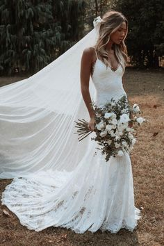 Everything you need to know about Grace Loves Lace wedding dresses. Find out who stocks new and secondhand Grace Loves Lace wedding dresses. Wedding Dress Trumpet, Cute Wedding Dress, Dream Wedding Dresses, Boho Wedding, Bridal Dresses, Wedding Gowns, Bridesmaid Dresses, Lace Weddings, Outdoor Wedding Dress