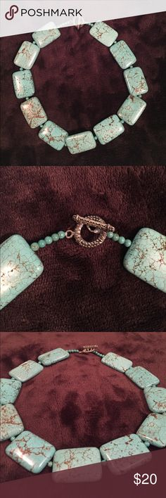 Turquoise Stone Necklace This Turquoise stone necklace is gently used, no damage. Jewelry Necklaces
