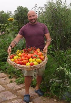 this is jack ford of taj farms he has a field to fork farm in san diego area raises humane meats produce fruit and hes fun