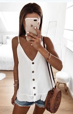 cute summer outfits which looks stunning image 75359 Casual Summer Outfits, Spring Outfits, Trendy Outfits, Casual Party, Hipster Outfits, Mode Outfits, Fashion Outfits, Womens Fashion, Fashion Trends