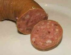 Füstölt májas Homemade Sausage Recipes, Bacon, Cooking Recipes, Meat, Drinks, Travel, Sausage Recipes, Drinking, Beverages
