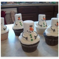 Marshmallow snowman cupcakes | Cupcakes/Cakes