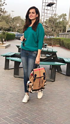 Casual Travel Outfit, Casual College Outfits, Swag Outfits, Stylish Outfits, Girl Outfits, Casual Wear, Western Dresses, Western Outfits, Western Wear