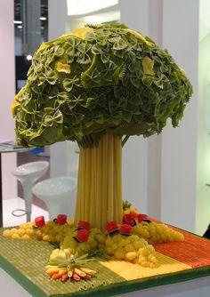 Albero di pasta - Pasta Tree by VisualFood Design, via Flickr