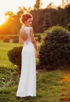 Lace wedding dress with open back Backless Wedding Dresses Open Back Wedding Dresses Open Back Wedding Dress, Backless Wedding, Lace Wedding, Photoshoot, Wedding Dresses, Fashion, Bride Dresses, Moda, Bridal Gowns