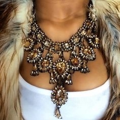i want this necklace in all the colours!!!
