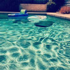 pool  via @happymundane • Instagram
