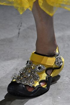 London Fashion Week Spring 2018 Shoes - The Best Sneakers, Heels and Boots From London Fashion Week