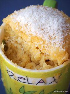 Tassenkuchen-Alarm: mug cake mit weißer Schoko & Kokos [+ Buchvorstellung] - Schokohimmel - http://tassenkuchen-selber-machen.de/allgemein/tassenkuchen-alarm-mug-cake-mit-weisser-schoko-kokos-buchvorstellung-schokohimmel/