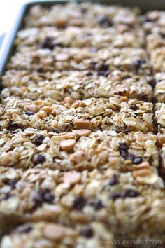 Make your own no-bake peanut butter chocolate chip granola bars