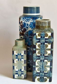 Baca faience from Royal Copenhagen. Pattern 711 by Nils Thorsson on far right. via retro pottery net Glass Ceramic, Ceramic Pottery, Pottery Art, Ceramic Art, Royal Copenhagen, Earthenware, Stoneware, Vase Design, Pottery Designs