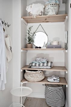 Un premier appartement de rêve - PLANETE DECO a homes world Wooden shelves decorated with mismatched Bathroom Inspiration, Interior Inspiration, Bathroom Ideas, Basement Bathroom, Bathroom Closet, Bathroom Mirrors, Master Bathroom, Bathroom Shelves, Bathroom Faucets