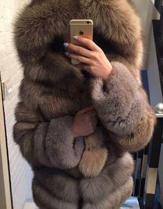 Fox fur parka selfy