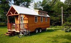 Tips To Consider Whether Build Or Buy Tiny House : Tiny House On Wheels. jay shafer,tiny house constructions,tiny house on wheels,tiny house plan,tiny house trailer Home Comforts, Tiny House On Wheels, Prefab Homes, Modular Homes, Little Houses, Tiny Houses, Unusual Houses, Small Living, Living Spaces