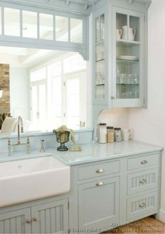 Beautiful counters   kitchen-design-ideas.org
