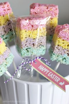 Layered Peeps Treats - Fun and colorful Easter treat!
