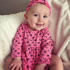 Birdie Joe Danielson - 5 months old Beautiful baby girl Cute Little Baby, Little Babies, Cute Babies, Baby Kids, Wwe Total Divas, Wwe Divas, Happy Baby, Happy Girls, Daniel Bryan Brie Bella
