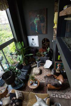 20+ Exotic Dark Living Room Design Ideas - Simple Studios