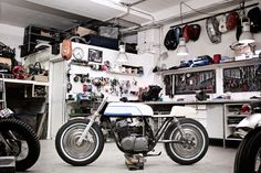 wrenchmonkees custom bikes garage