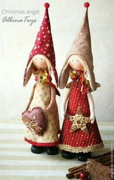 Christmas Angels by Albina, from Russia Christmas Gnome, Christmas Makes, Christmas Angels, Christmas Projects, Felt Crafts, Holiday Crafts, Clothespin Dolls, Christmas Decorations, Christmas Ornaments