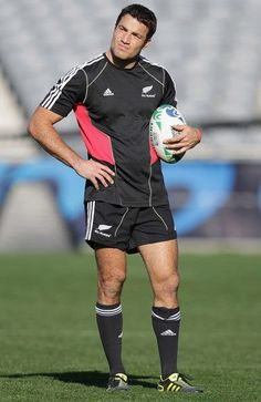Richard Kahui, new zealand rugby player. (Square facial structure)
