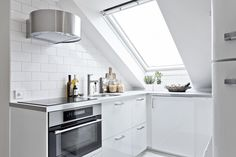 White attic apartment gravityhomeblog.com - instagram - pinterest - bloglovin