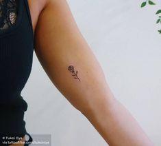 Minimalist rose on the inner arm. Inner Upper Arm Tattoos, Arm Tattoos For Women Upper, Arm Tattoos For Women Forearm, Lower Arm Tattoos, Inner Bicep Tattoo, Tattoos For Women Flowers, Elbow Tattoos, Small Arm Tattoos, Arm Tattoos For Guys