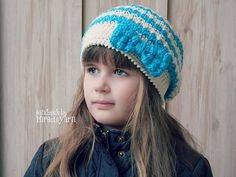 Ravelry: Bella Slouch with Bobble Bow pattern by Crochet by Jennifer