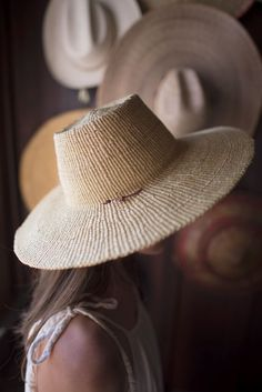 These natural sun hats are handwoven by Ghanaian artists from local  elephant grass 8c8806883c04