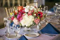 love the colors in this low wedding centerpiece ~  we ❤ this! moncheribridals.com