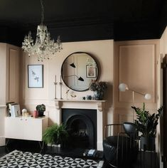 Peach pink walls and black ceiling in this London Victorian terrace. Come a take a full tour of this beautiful family home. Just wait until you see the rest of the house. Dark Ceiling, Colored Ceiling, Black Ceiling Paint, Ceiling Panels, Ceiling Decor, Ceiling Design, Peach Walls, Pink Walls, White Interior Design