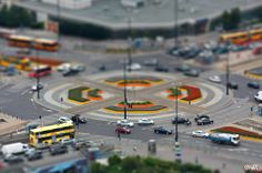 This is not the first time we're publishing tilt shift photography collection. It's the first time though, we're presenting pure tilt shift city photos. Tilt Shift Lens, Tilt Shift Photography, Camera Movements, Medium Format Camera, Scene, Cities, Instagram Posts, Pictures, Diorama
