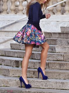 navy blue cardi, floral skirt, navy blue pumps! fashforfashion -♛ STYLE INSPIRATIONS♛