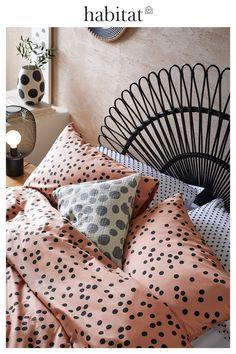 Cosy Bedroom, Bedroom Inspo, Dream Bedroom, Bedroom Decor, King Size Duvet Covers, Duvet Cover Sets, Fall Winter, Autumn, Linen Bedding