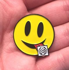 Tripping Bass Bassnectar LSD Acid Smiley Rave EDM Festival Snapback Hat Lapel Pin