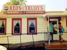 A local eatery with delicious hot sandwiches, tasty fries, homemade pies, and fresh milkshakes. Red's & Trudy's has a long history in Portville before the Caya family took over. They've maintained the wonderful atmosphere and still have the best loose hamburger in the area!