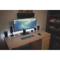 "1,530 Likes, 3 Comments - Mal - PC Builds and Setups (@pcgaminghub) on Instagram: ""An incredibly clean ultrawide setup. By: u/rackemrakbar. Check out the link in my bio! Tag a…"""