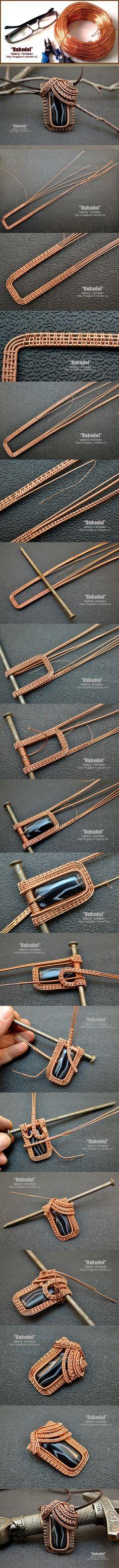 Nicht nur dieses Schmuckstück - auch viele weitere auf dieser Seite bieten faszinierende Einblicke in die Technik des Wire-Work.