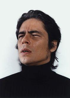 Okay, not even Asianl.but something about this guy makes me think of Katsuo Kazama -- Benicio Del Toro – 47 альбомов Benicio Del Toro Young, Gorgeous Men, Beautiful People, Cinema, Don Juan, Movie Stars, Actors & Actresses, Hot Guys, Hot Men